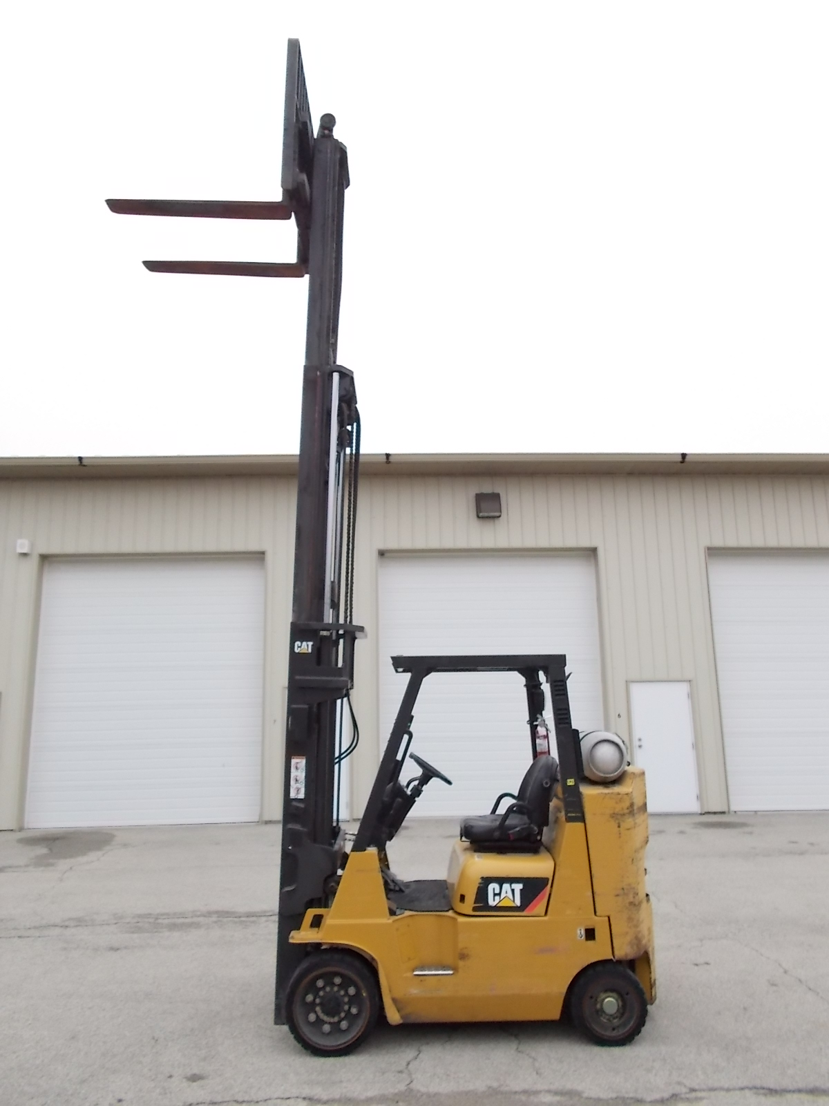new-used-cat-forklifts-for-sale