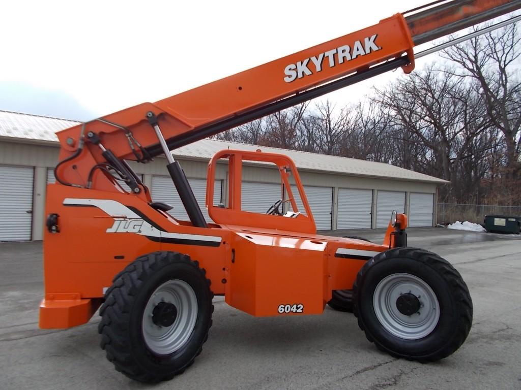 new-used-skytrak-telehandlers-for-sale